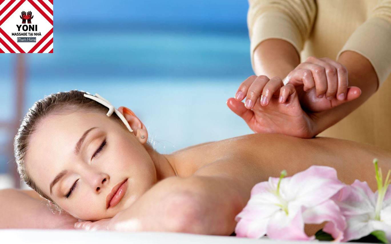 Massage Yoni tại nhà